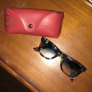 Accessories - Raybans